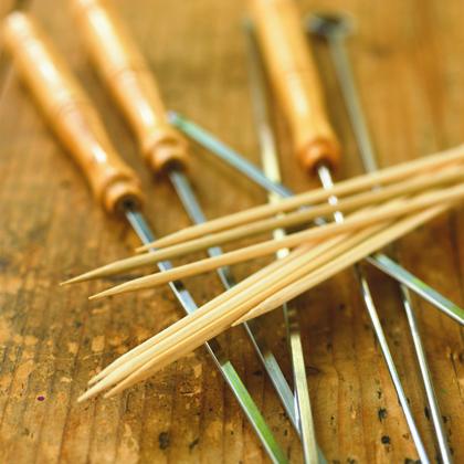Wooden vs. Metal Skewers for Grilling Kababs