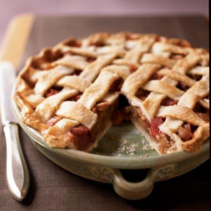 rhubarb-pie-ck-630152-x.jpg