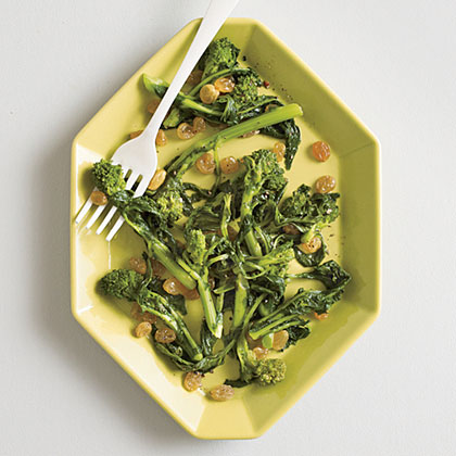 Broccoli Rabe with Golden Raisins Recipe