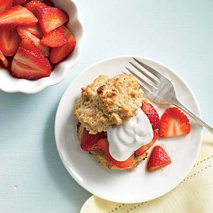Fresh Strawberry Shortcakes with Yogurt Cream Recipe