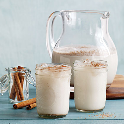 This traditional Spanish beverage is made from ground rice or almond milk and then sweetened with cinnamon, sugar, and vanilla. With a creamy flavor reminiscent of melted ice cream, this drink is the perfect after-dinner beverage to satisfy the sweet tooth.Horchata de Coco Recipe