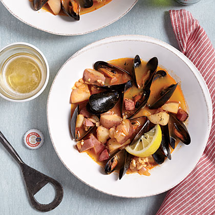 Smoky Portuguese-Style Mussels Recipe