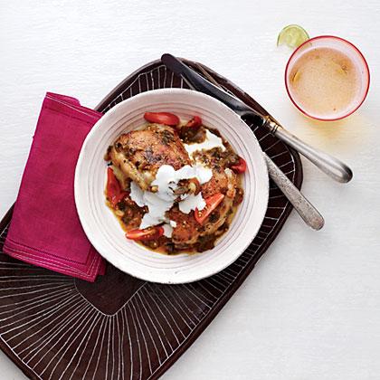 Tomatillo-Braised Chicken Thighs