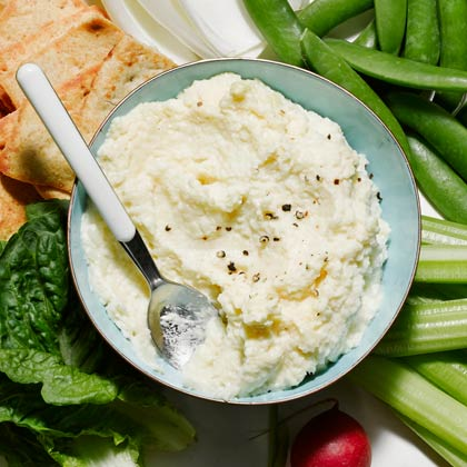 <p>Hearts of Palm Dip</p>