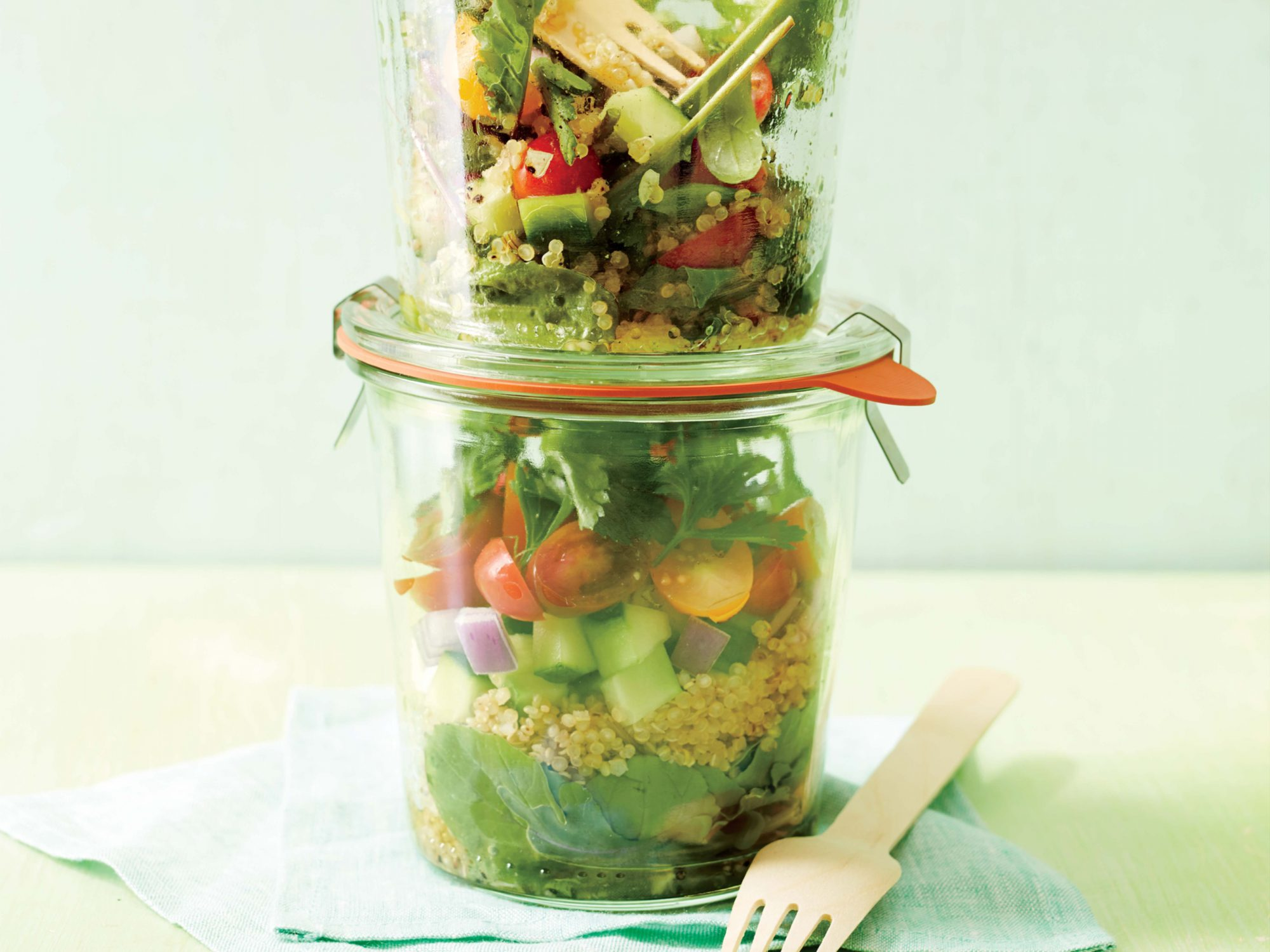 <p>Quinoa-Arugula Layered Salad</p>