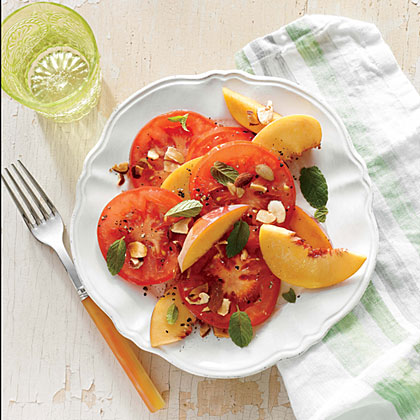 <p>Tomato and Peach Salad with Almonds</p>