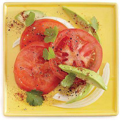 Tomato Salad with Avocado and Onion