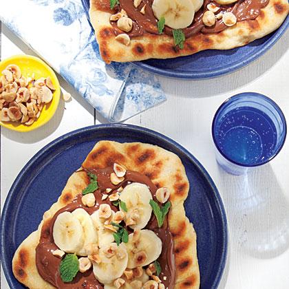 Nutella-Banana Pizza