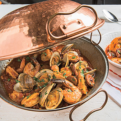 <p>Seafood Cataplana</p>