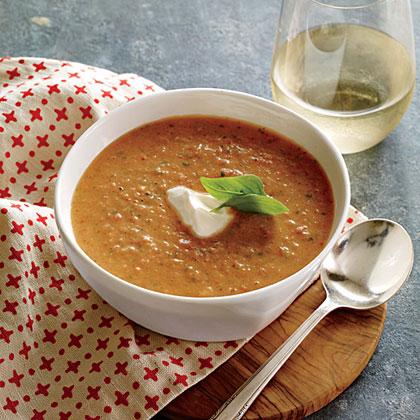 <p>Tangy Tomato-Basil Soup</p>