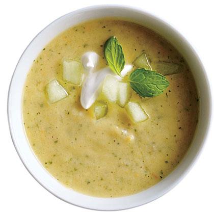 <p>Tomato-Melon Soup</p>