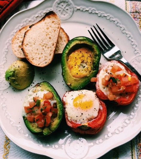 Avocado and Tomato Baked Egg-In-A-Hole