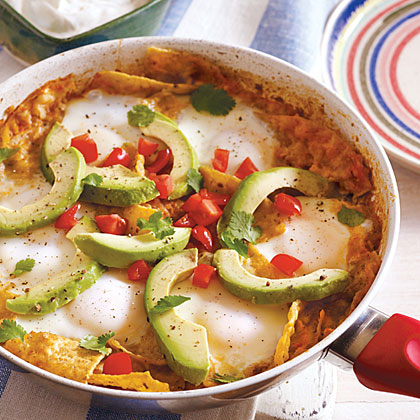 chilaquiles and eggs, chilaquiles recipe