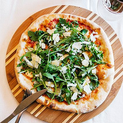 Stella Alpina Pizza (Three Cheeses and Arugula)