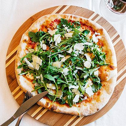 Stella Alpina Pizza (Three Cheeses and Arugula)