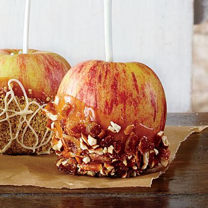 Bacon-Pretzel-Peanut Butter Caramel Apples