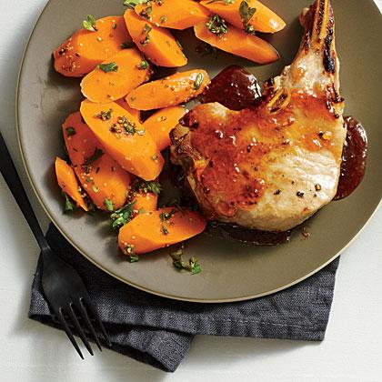 Red-Hot Currant-Glazed Pork Chops