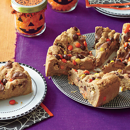 ay-Peanut Butter-Chocolate Chunk Blondies