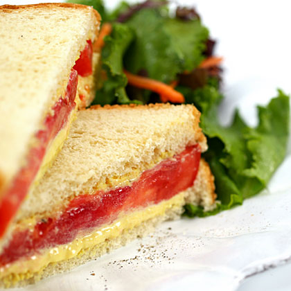 floyds-tomato-sandwich-x.jpg