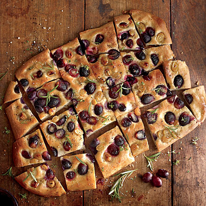 grape-focaccia-sl-x.jpg