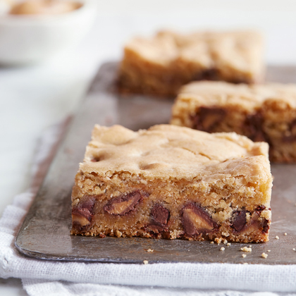 """Blondie"" Bars with Peanut Butter Filled DelightFulls"