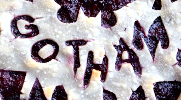 Awesome Gotham Blackberry Pie