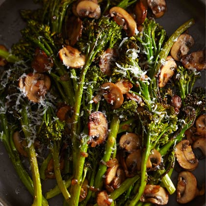 <p>Roasted Broccolini with Winey Mushrooms</p>