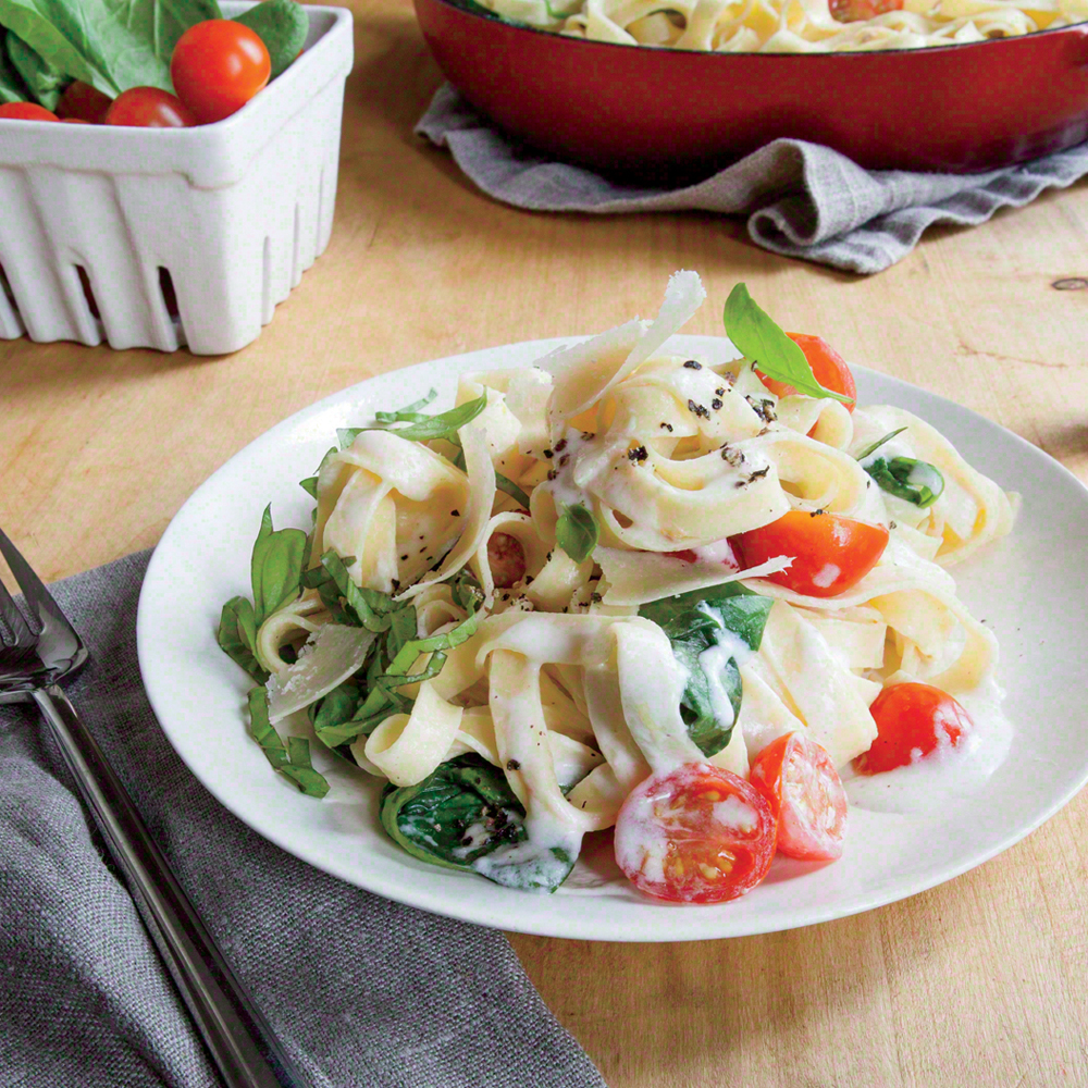 Creamy Mascarpone and Spinach Linguine