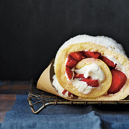 Strawberry-Almond Cake Roll