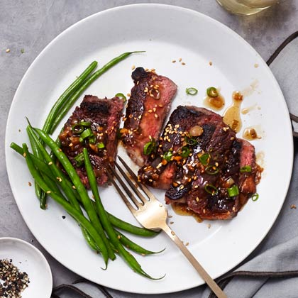 hl-Steak With Scallion-Ginger Sauce