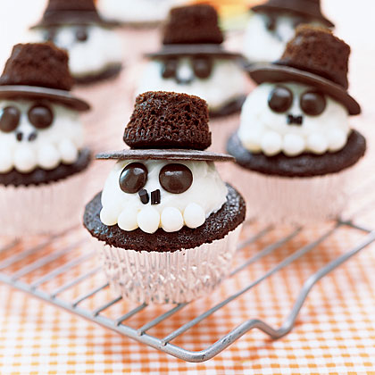 skeleton-cupcakes-ay-1875466-x.jpg