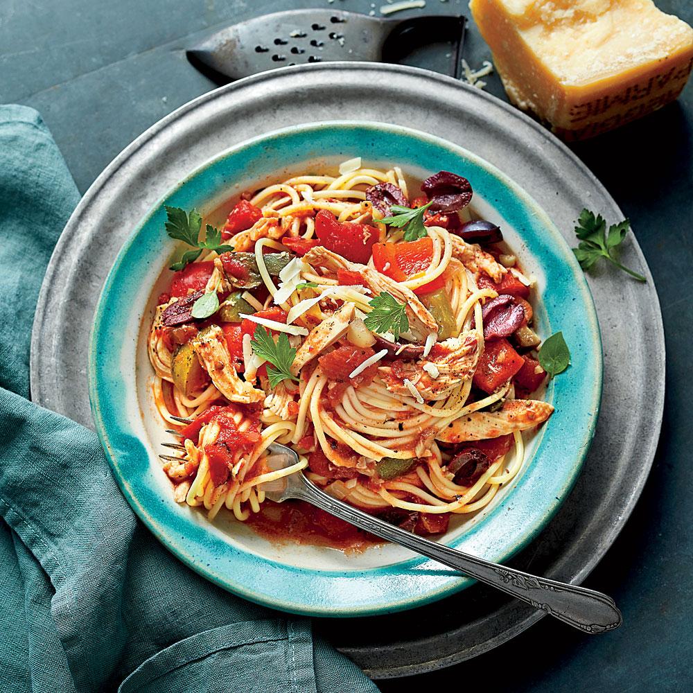 Slow-Cooker Chicken Cacciatore with Spaghetti