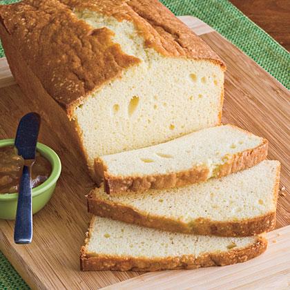 eggnog-poundcake-sl-1940931-x.jpg