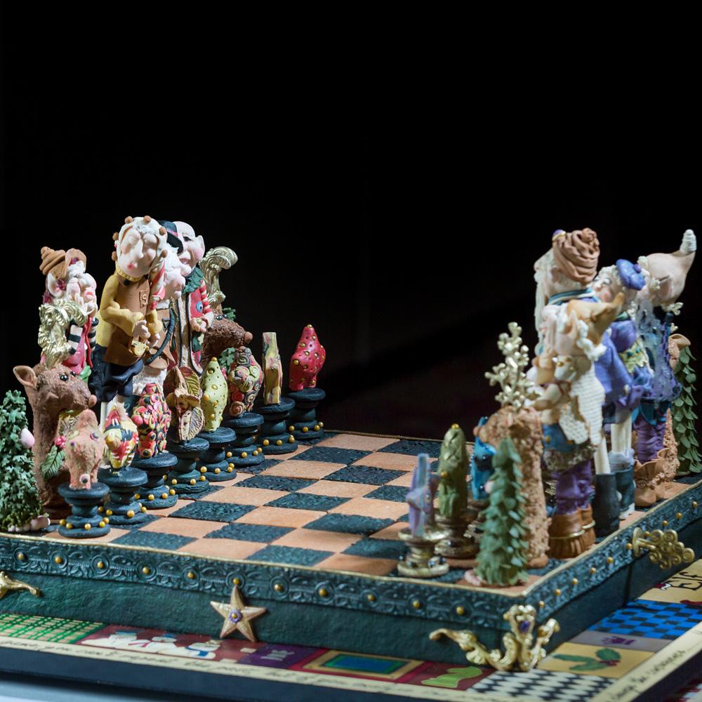 gingerbread-chess-set.jpg