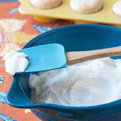 Easy White Frosting