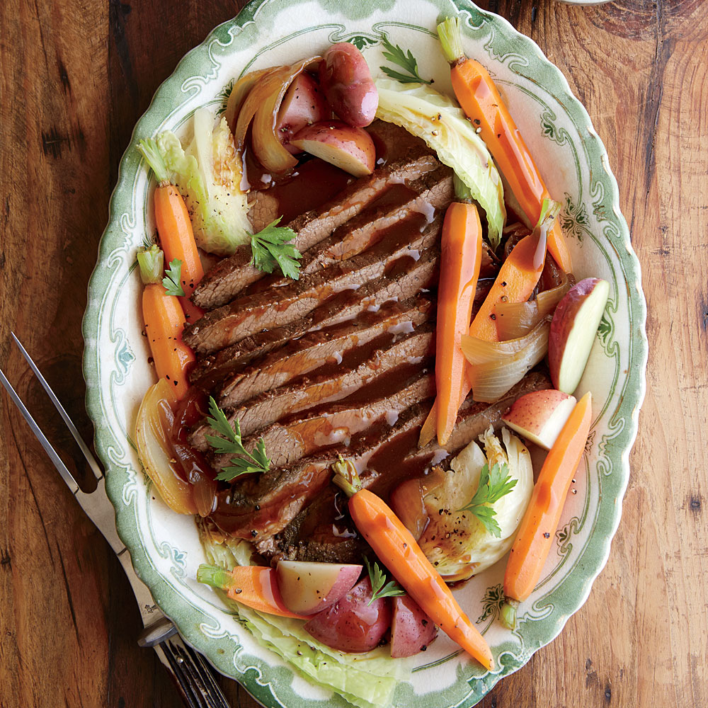 Slow Cooker Beef and Cabbage with Potatoes and Carrots Recipe