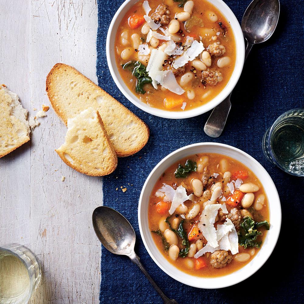 Slow Cooker Tuscan White Bean Soup