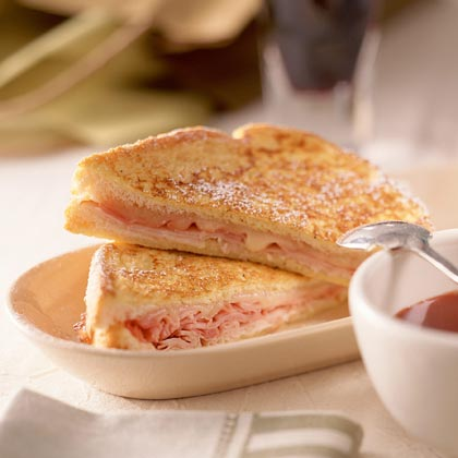 Monte Cristo Sandwich with Sweet Mustard Sauce