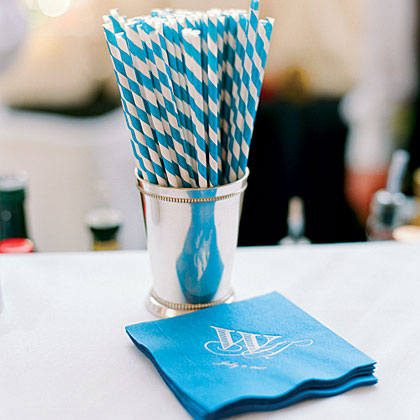 blue-straws-and-napkins-oh-x.jpg
