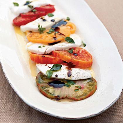 caprese-salad-cl-1665292-x.jpg