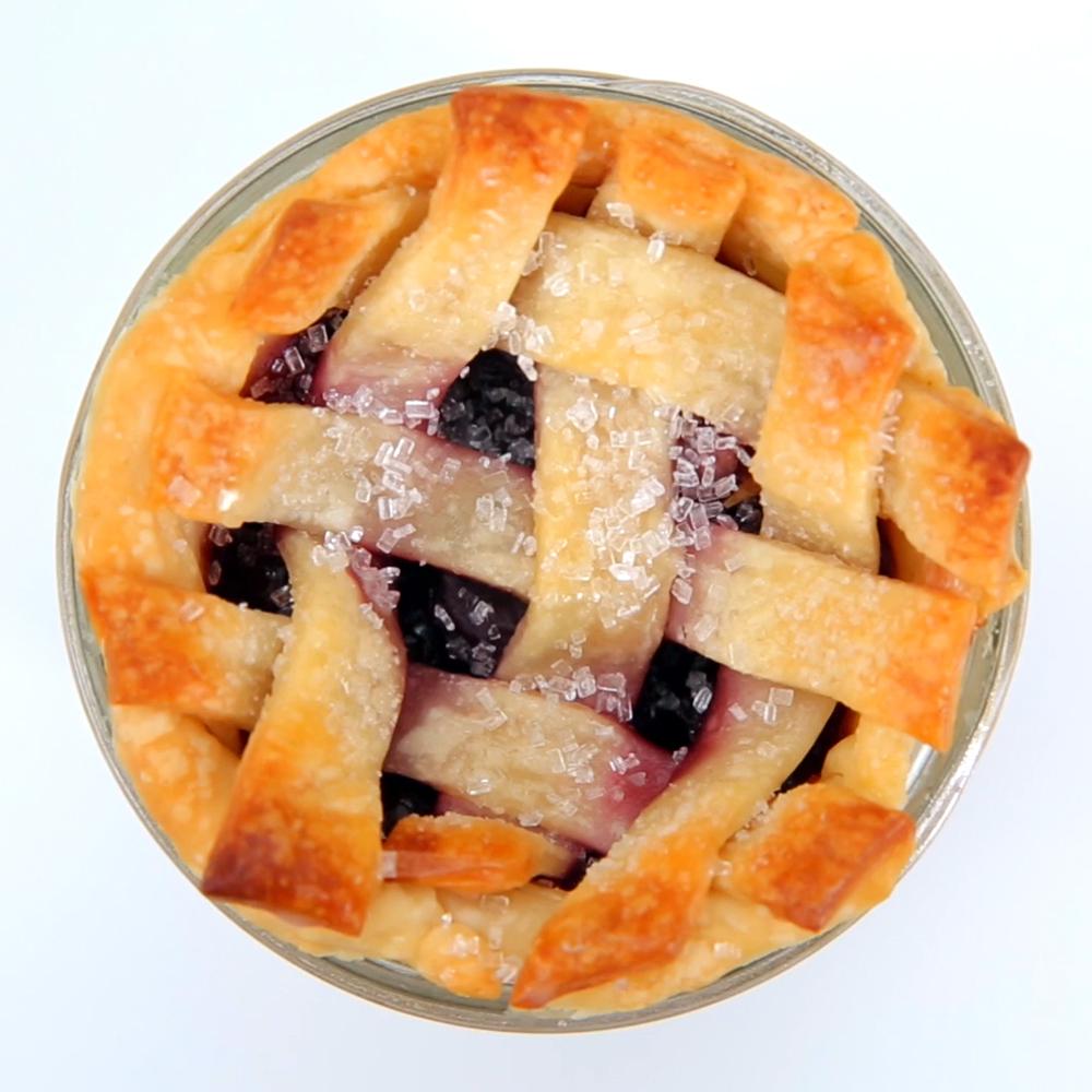 Mason Jar Cherry Pies