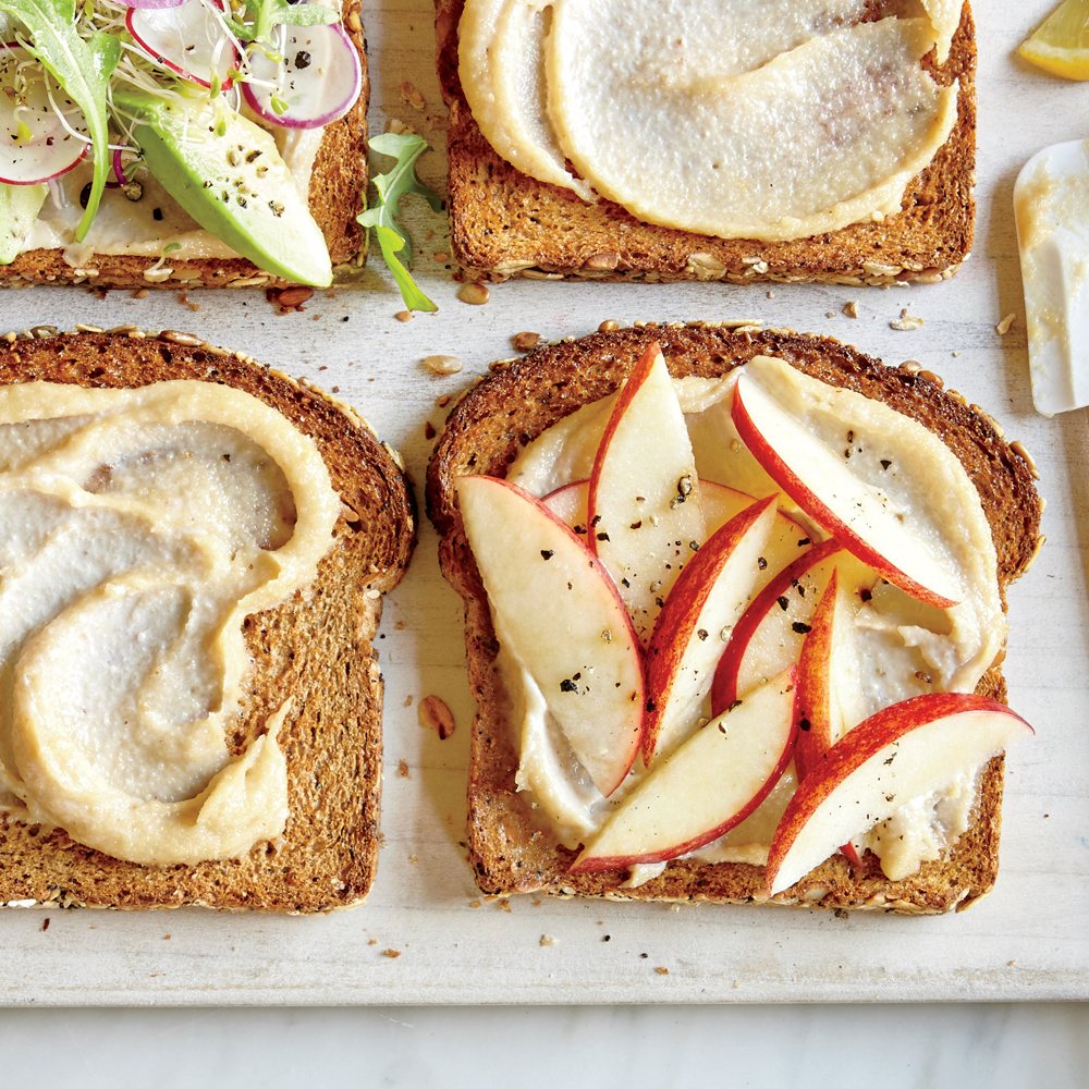 Apple and Cashew Spread Sandwich