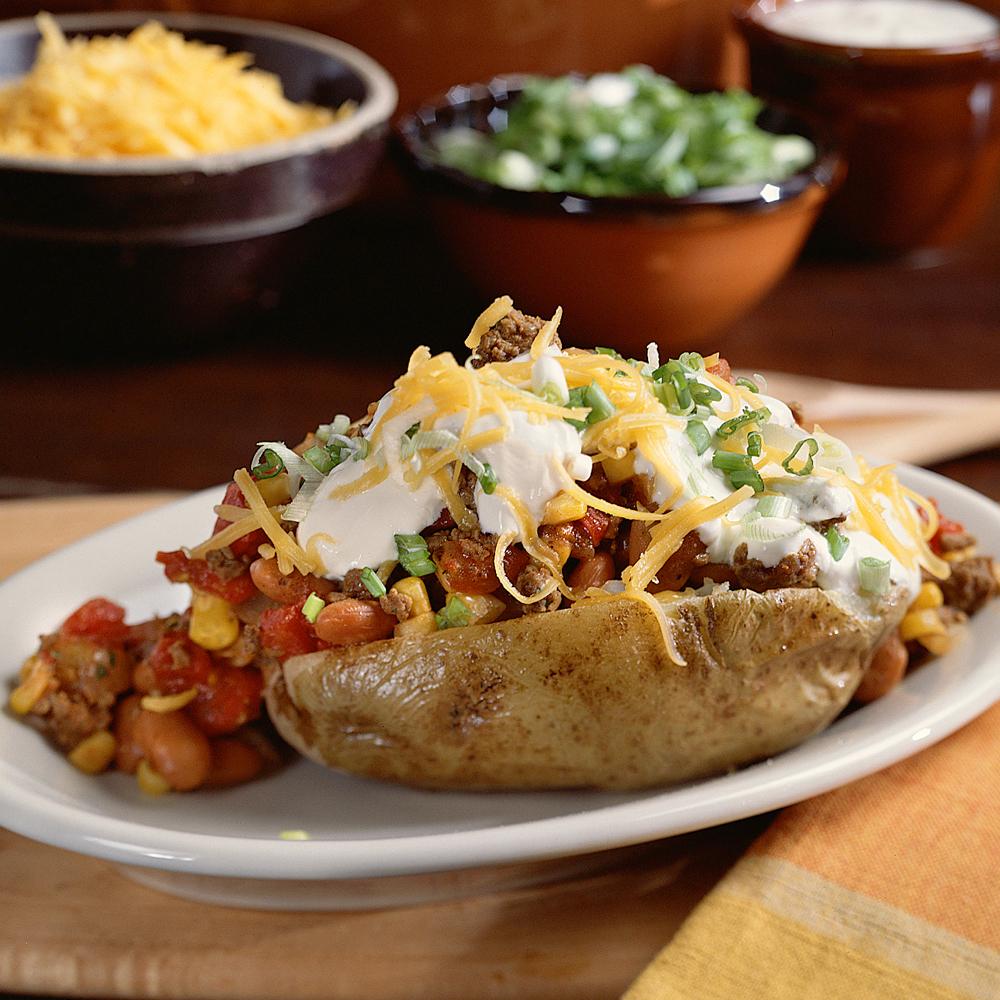 Chili-Topped Potatoes