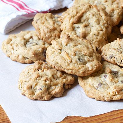 Chocolate Chip-Pretzel Cookies