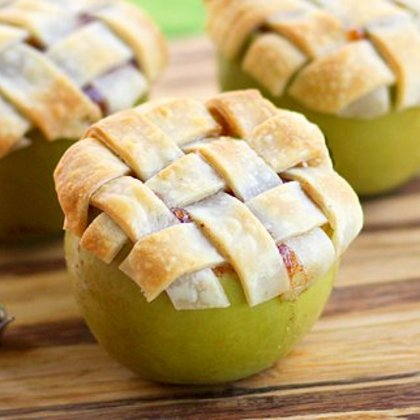 Mini Apple Pie with Lattice Crust