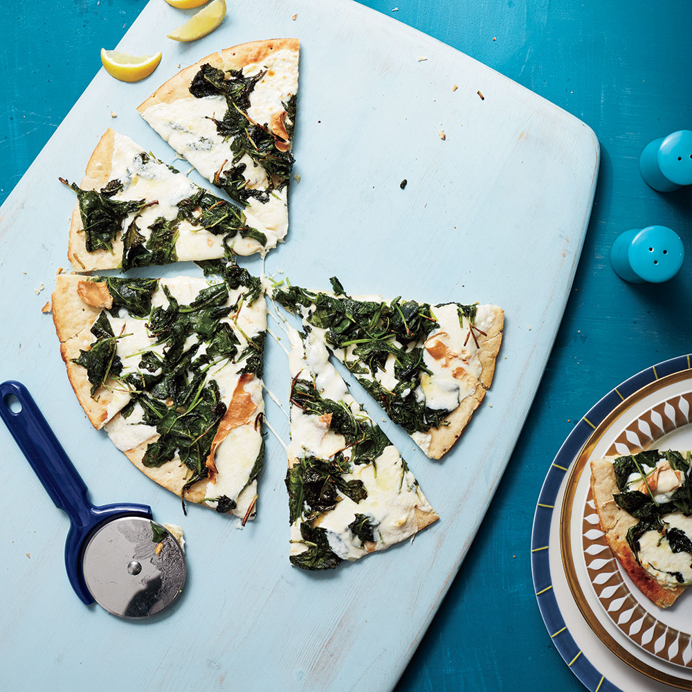 Kale and Smoked Mozzarella Pizza