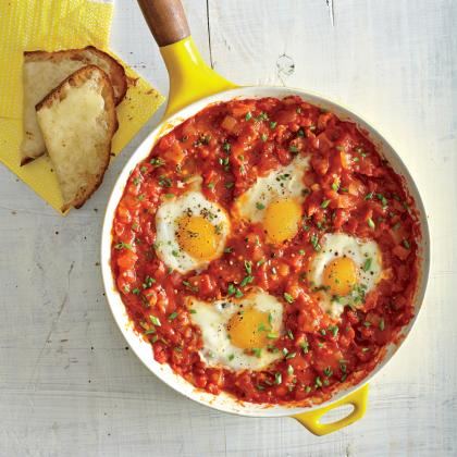 Cook With Confidence: Eggs Poached in Tomato Sauce