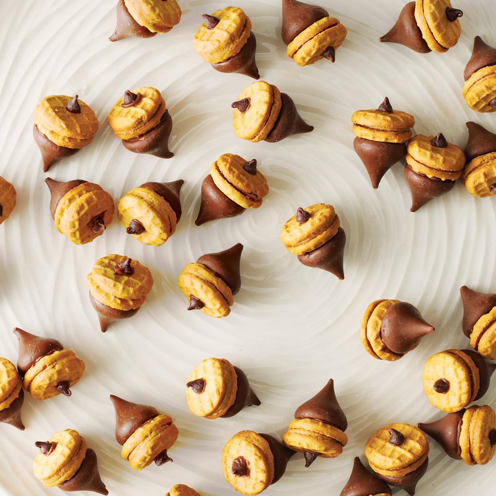 Chocolate-Peanut Butter Acorns