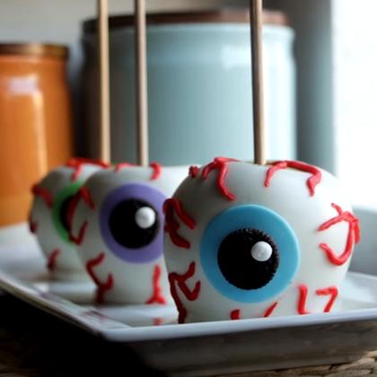 Spooky Chocolate Apple Eyeballs for Halloween