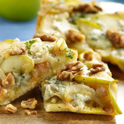 Apple Onion Pizza Image